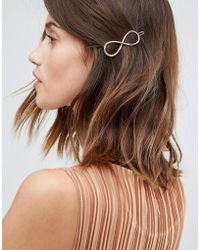 Pieces - Infinity Swirl Hair Clip - Lyst