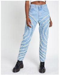 The Ragged Priest Mom jeans con pannelli sfrangiati lavaggio chiaro - Blu