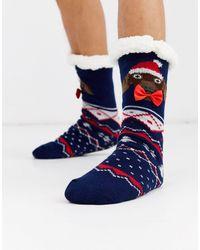 ASOS – Weihnachtliche Socken-Hausschuhe mit Dackel und Schleife - Blau