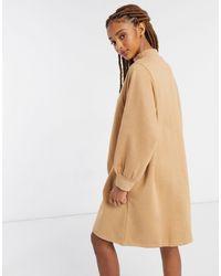 Monki Rey - Robe sweat-shirt courte en coton biologique - Neutre