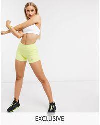 PUMA Esclusiva Training - Shorts color lime - Verde