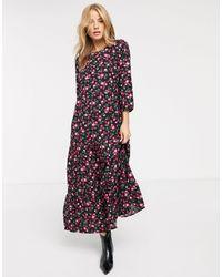 New Look Vestito grembiule a strati rosa a fiori - Nero