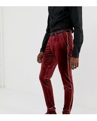ASOS Tall – Elegante, extrem enge Hose aus burgunderrotem Samt mit goldener Paspelierung