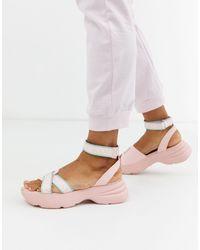 Juicy Couture Sandali flatform con logo e suola spessa rosa