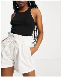 Missguided Denim Shorts With Tie Waist - White