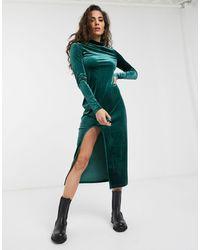 Weekday Bonita Velvet Round Neck Midi Bodycon Dress - Green