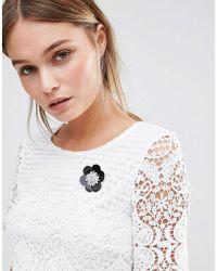 New Look Sequin Flower Brooch - Black