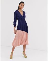 Liquorish Vestido midi plisado con falda colour block - Azul