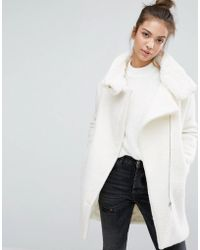 Pull&Bear - Faux Fur Lined Zip Front Coat - Lyst