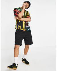 Pull&Bear Camicia nera con stampa a lettere multicolore - Nero
