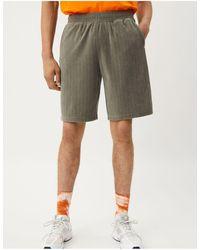 Weekday Kye Velour Shorts - Grey