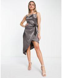 TFNC London Vestido cruzado - Gris
