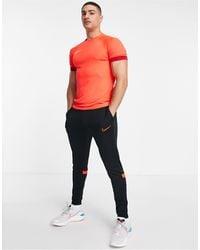 Nike Football Joggers negros y rojos Dri-FIT Academy 21