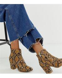 New Look Block Heel Boot In Snake Print - Brown