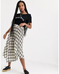 Miss Selfridge Pleated Skirt In Check - Black