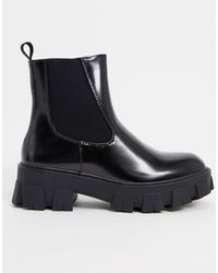 Missguided Chunky Sole Chelsea Boot - Black