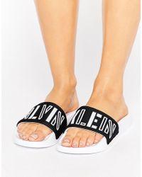 CALVIN KLEIN 205W39NYC - Jeans Chyna Black Pool Slides - Lyst