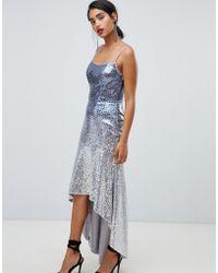 Chi Chi London Cami Midi-jurk Met Bandjes En Uitlopende Zoom Versierd Met Lovertjes - Blauw