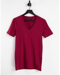 ASOS T-shirt attillata con scollo a V profondo bordeaux - Rosso