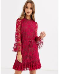Needle & Thread Geborduurde Mini-jurk Met Zwierige Zoom En Uitlopende Mouwen - Rood