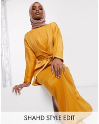 ASOS Maxi Dress With Batwing Sleeve And Wrap Waist In Satin - Yellow