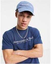 Abercrombie & Fitch Cappellino blu con scritta del logo