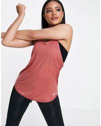 Nike Breathe Tank - Brown