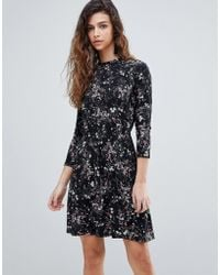 Warehouse - Ditsy Floral Print Skater Dress - Lyst