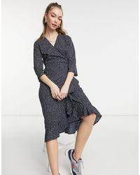 Vero Moda - Темно-синее Платье Миди В Горошек С Запахом -многоцветный - Lyst