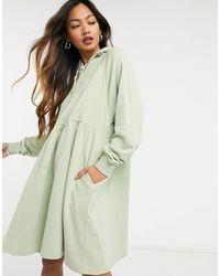 Monki Malin - Robe hoodie courte en coton biologique - cendré - Vert