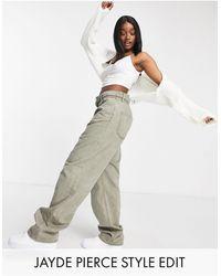 ASOS – Hoch geschnittene, 'entspannte' Dad-Jeans mit Elastikbund - Grün
