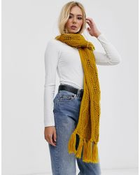 Pieces Chunky Cable Knitted Scarf - Multicolor