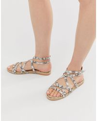 Boohoo Flat Sandals With Cross Over Straps And Ankle Ties - Multicolour