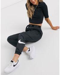 Nike Geweven Cargobroek Met Riem En Swoosh - Zwart