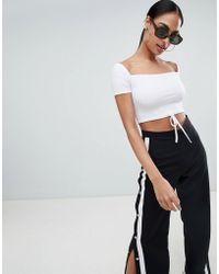PrettyLittleThing - Ribbed Tie Detail Crop Top - Lyst