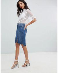 Lipsy Jupe fourreau en jean à ourlet asymétrique - Bleu