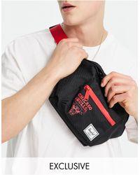 Herschel Supply Co. Exclusive Seventeen Nba Chicago Bulls Bumbag - Black