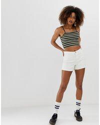 ONLY – e Mom-Shorts aus Denim - Weiß