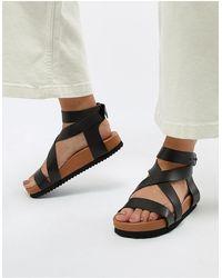 SELECTED Femme - Sandales plates en cuir à semelles épaisses - Noir