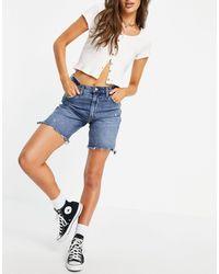 Abercrombie & Fitch – Zerrissene Jeansshorts - Blau