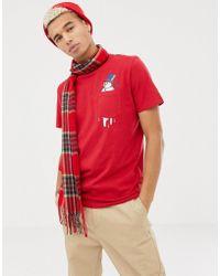 Jack & Jones Originals - Rotes T-Shirt mit weihnachtlichem Schneeman-Grafik an der Tasche