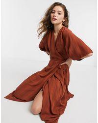 Liquorish Шоколадно-коричневое Платье Миди С Рукавами-кимоно И Запахом -коричневый