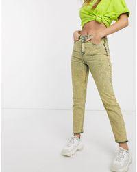 ASOS – Farleigh – Mom-Jeans mit hohem Bund und gelber Acid-Waschung
