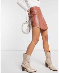 ASOS Светло-коричневая Мини-юбка Из Искусственной Кожи С Асимметричным Подолом - Коричневый