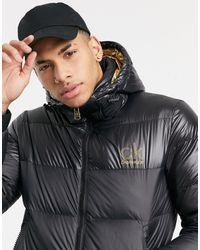 Calvin Klein Черная Дутая Куртка С Капюшоном И Небольшим Золотистым Логотипом -черный Цвет
