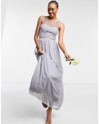Little Mistress Серое Шифоновое Платье Макси С Искусственным Жемчугом Bridesmaid-серый