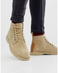 ASOS Chukka desert boots grigio pietra scamosciato con dettagli - Neutro