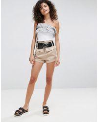 ASOS Pantaloncini a vita alta con cintura - Neutro