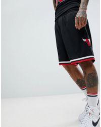 Mitchell & Ness Nba Chicago Bulls Swingman Shorts In Black