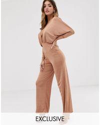 Boohoo Soepelvallende Diepuitgesneden Culotte-jumpsuit - Roze